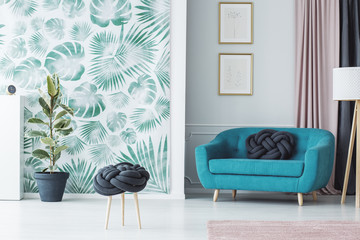 decor tropical feuilles vertes